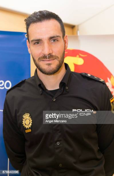 Saul Craviotto attends Pequeno Deseo charity calendar on November 20 2017 in Madrid Spain