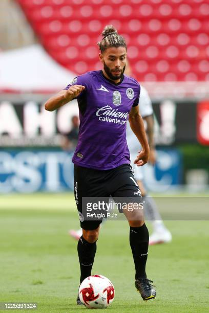 Saul Huerta of Mazatlan drives the ball during the match between Atlas and Mazatlan FC as part of the friendly tournament Copa GNP por Mexico at...