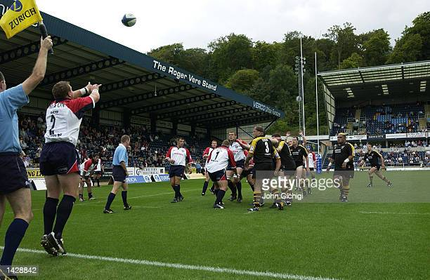Saul Nelson of Bristol throws in at the lineout during the Zurich Premiership match between the London Wasps and the Bristol Shoguns at Adams Park...