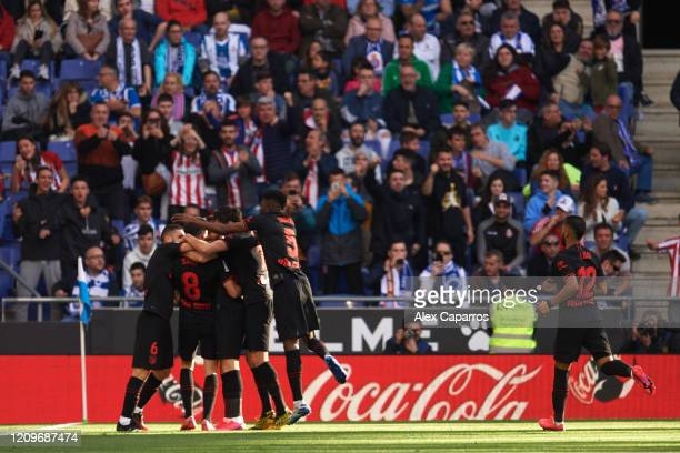 Saul Niguez of Atletico de Madrid celebrates with teammates scoring his team's first goal during the Liga match between RCD Espanyol and Club...