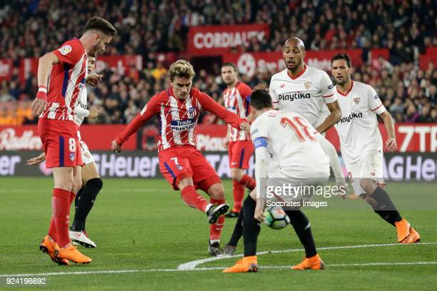 Saul Niguez of Atletico Madrid Antoine Griezmann of Atletico Madrid Sergio Escudero of Sevilla FC during the La Liga Santander match between Sevilla...