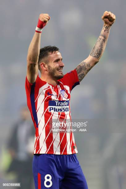 Saul Niguez of Atletico Madrid celebrates at the end of the UEFA Europa League Final between Olympique de Marseille and Club Atletico de Madrid at...