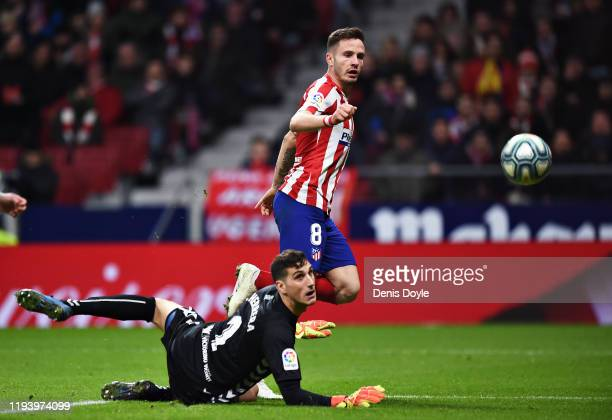 Saul Niguez of Atletico Madrid scores his sides second goal during the Liga match between Club Atletico de Madrid and CA Osasuna at Wanda...