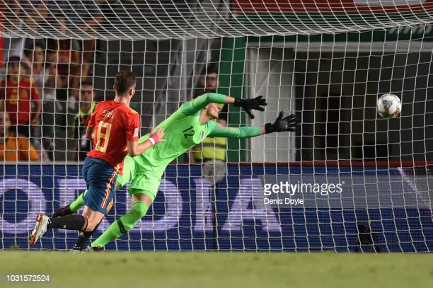 Saul Niguez of Spain scores his team's first goal past Lovre Kalinic of Croatia during the UEFA Nations League A Group four match between Spain and...