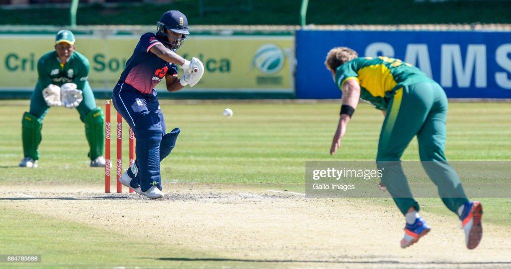 U/19 Tri Series: South Africa v England : Foto jornalística