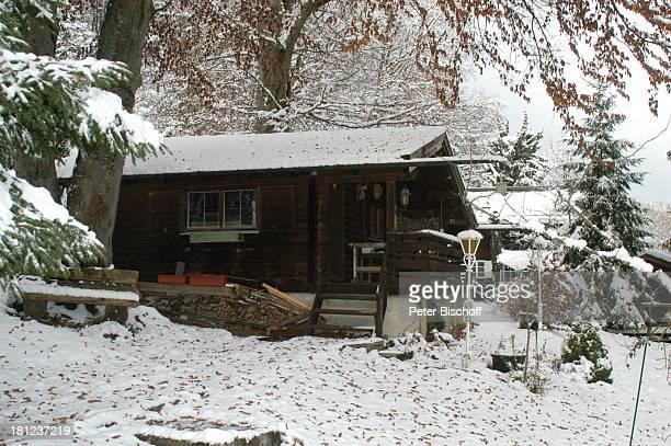Saunahaus von Johannes Heesters und Ehefrau Simone Rethel Homestory Starnberger See Starnberg Bayern Deutschland ProdNr 1558/2005 Villa Winter Schnee...