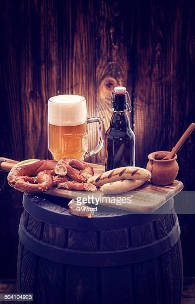 Würstchen und Bier