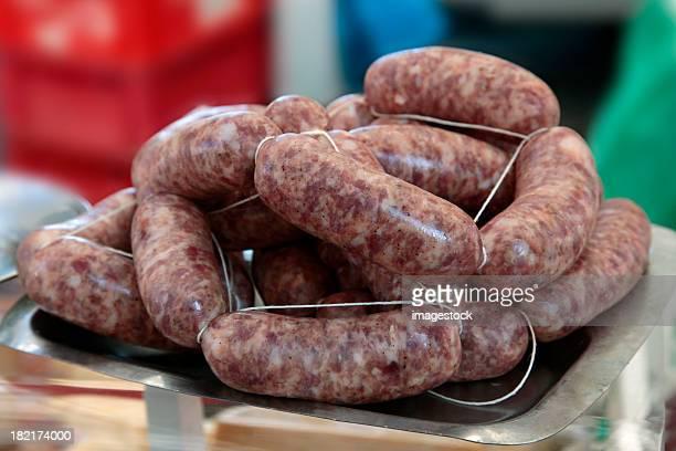 sausages - gerookte worst stockfoto's en -beelden