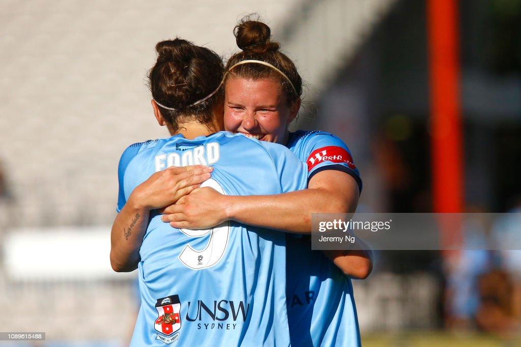 W-League Rd 10 - Sydney v Newcastle : News Photo