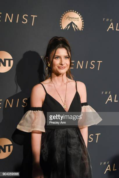 Savannah Outen attends Premiere Of TNT's 'The Alienist' Arrivals on January 11 2018 in Los Angeles California