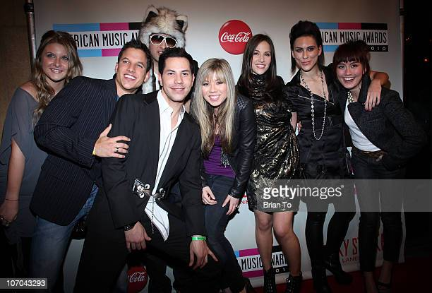 Savannah Outen Mike Manning Christian Chavez David Lear Jennette McCurdy Stuart Brazell King Queen and Agnes Monica attend 2010 American Music Awards...