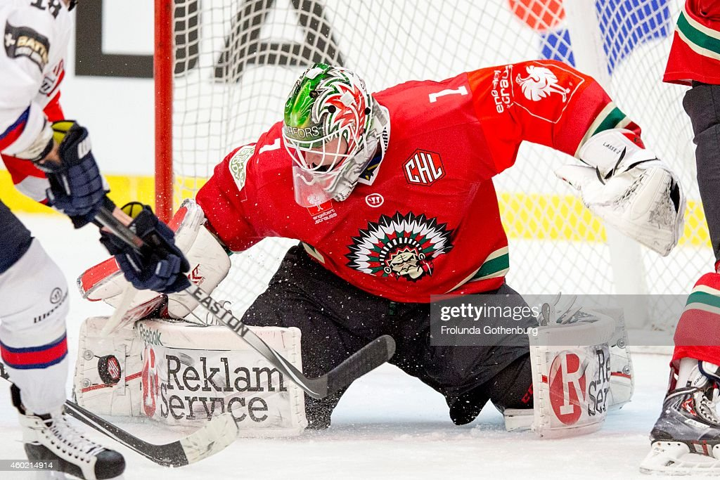 Save By Frolunda 1 Lars Johansson During The Champions Hockey League Foto Di Attualità Getty Images