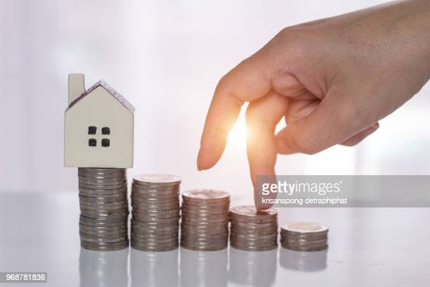 Save money for home,Buy a house,Saveing money
