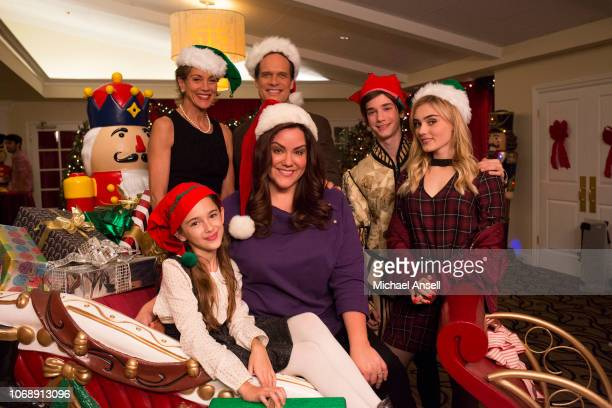 HOUSEWIFE 'Saving Christmas' Katie strives to keep her longseparated parents apart when her father Marty arrives in time to surprise the Otto family...