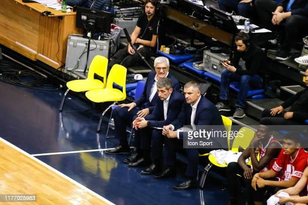 Savo VUCEVIC head coach, Boban SAVOVIC and Gerald SIMON assistant coach of JL Bourg during the Jeep Elite match between Metropolitans Levallois and...