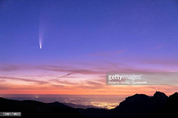 saxer lucke lit by comet neowise, appenzell, switzerland - asteroide foto e immagini stock