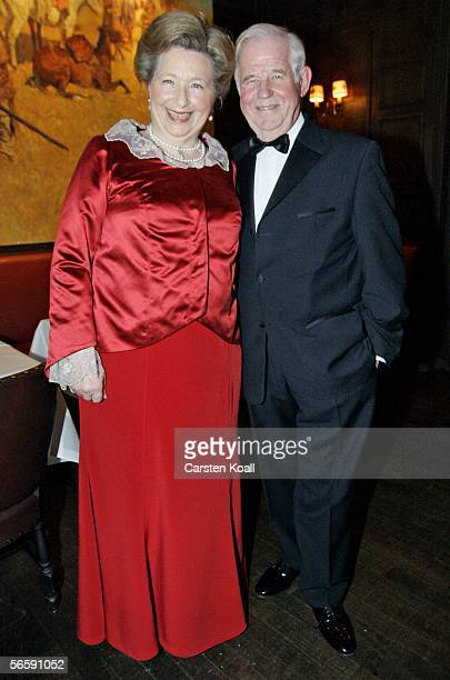 Saxony's former Prime Minister Kurt Biedenkopf and his wife Ingrid attend the first Semper Opera Ball in 64 years on January 13 2006 in Dresden...