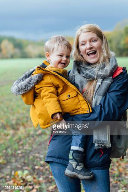 say cheese - babyhood stock pictures, royalty-free photos & images
