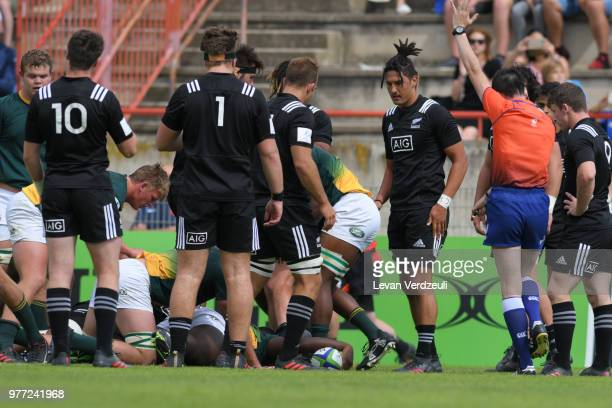 Sazi Sandi scores a try for South Africa during World Rugby Under 20 Championship 3rd Place Play 0ff between South Africa and New Zealand on June 17...