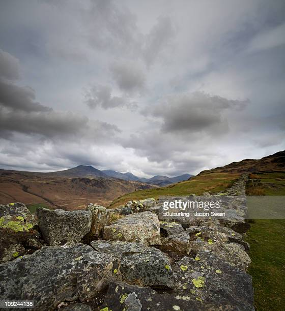 scafell pike from hardknott roman fort - s0ulsurfing stock pictures, royalty-free photos & images
