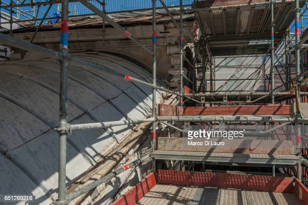 Scaffolding are seen around the covers of the famous Rialto Bridge on July 1 2015 in Venice Italy The Rialto Bridge is going through an 18months...
