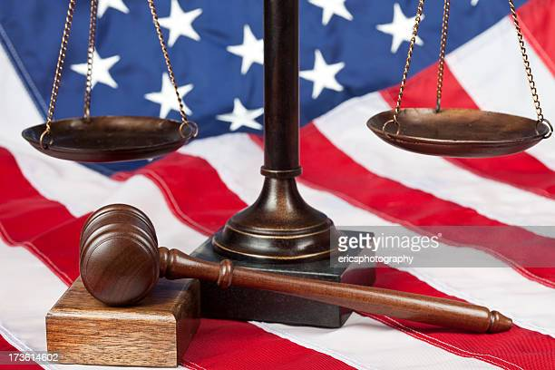 scale and gavel on us flag - equal arm balance stock pictures, royalty-free photos & images
