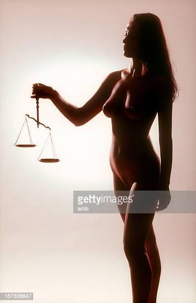 scale di giustizia-concept - mitologia greca foto e immagini stock