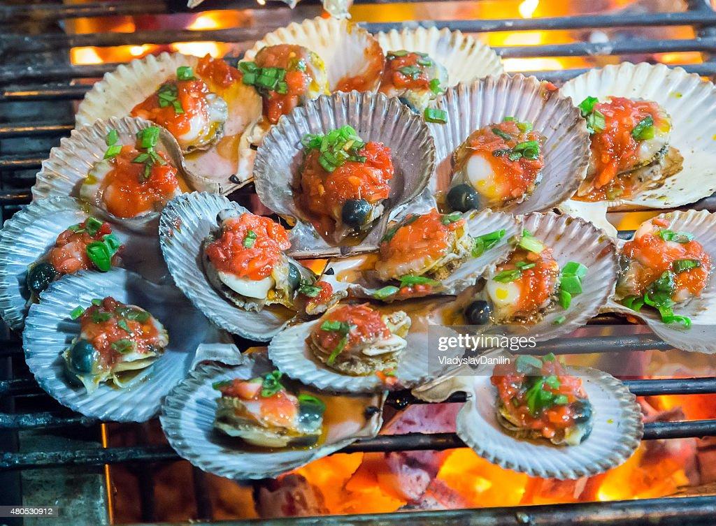 scallop bbq Grill : Stock Photo