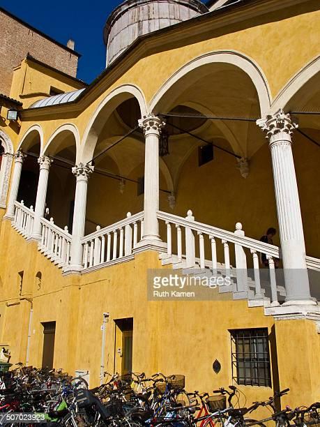Scalone d'Onore of the Palazzo Municipale in Ferrara, by Pietro Benvenuto degli Ordini .