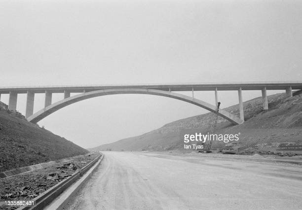 Scammonden Bridge, the UK's biggest single-span fixed arch structure, spanning the Deanhead cutting of the Elland to Buckstones road nearing...
