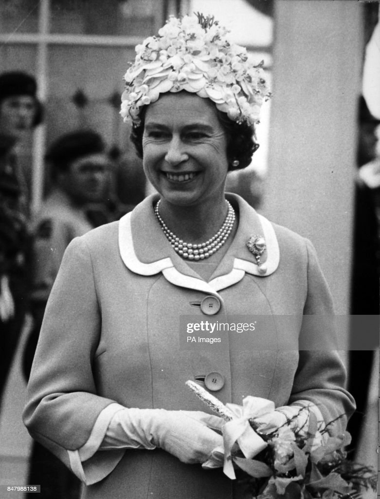 Royalty - Queen Elizabeth II - Isle of Man : News Photo