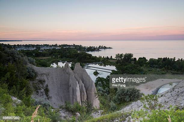 scarborough bluffs - lake ontario stock pictures, royalty-free photos & images