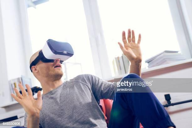 Angst vor Menschen mit virtual-Reality-Brille. Home-entertainment