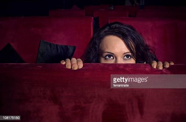scared - horror stockfoto's en -beelden