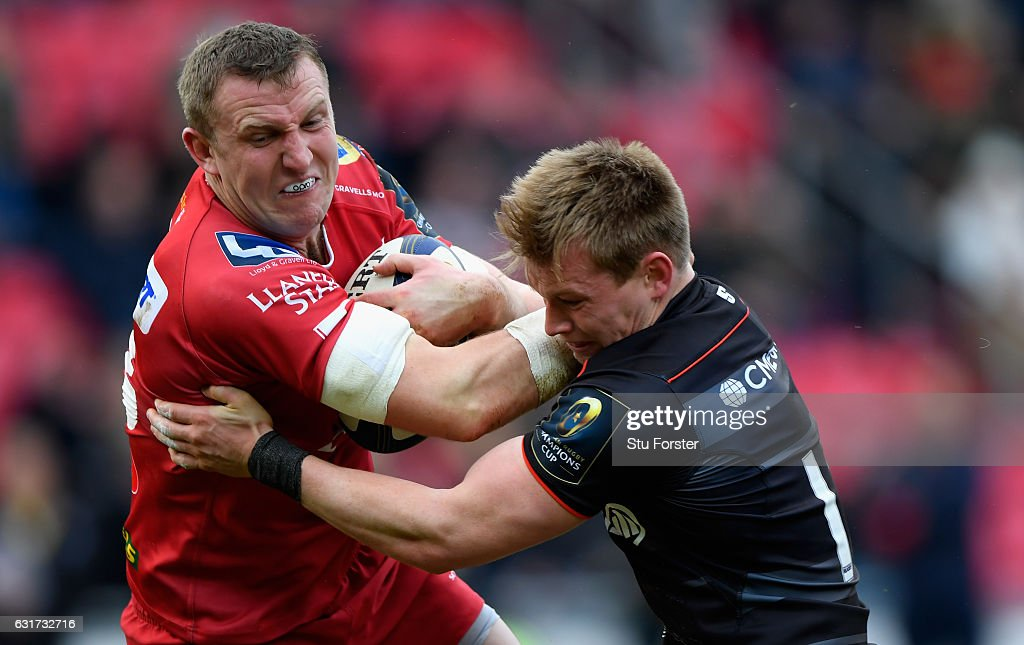 Scarlets v Saracens - European Rugby Champions Cup : News Photo