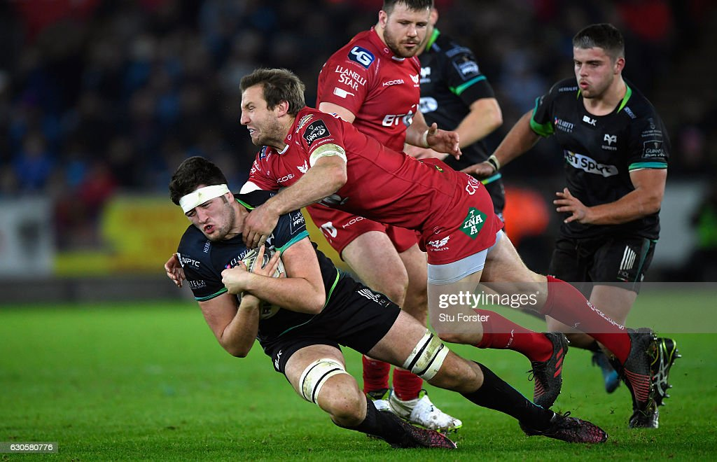 Ospreys v Scarlets - Guinness Pro 12 : News Photo