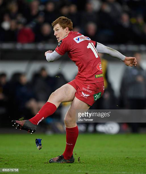 Scarlets flyh Rhys Patchell lands a penalty during the Guinness Pro 12 match between Ospreys and Scarlets at Liberty Stadium on December 27 2016 in...
