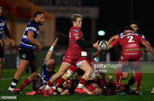 Scarlets scrum half Aled Davies in action during the AngloWelsh Cup match between Scarlets and Bath at Parc y Scarlets on November 11 2016 in...