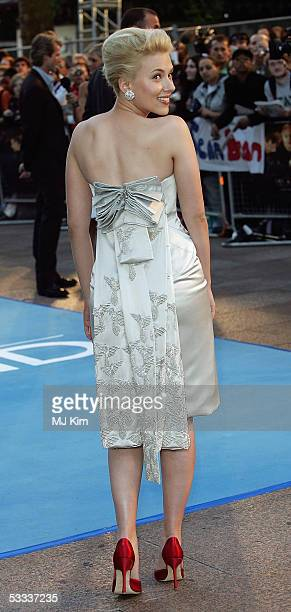 Scarlett Johansson arrives at the UK Premiere of 'The Island' at the Odeon Leicester Square on August 7 2005 in London England