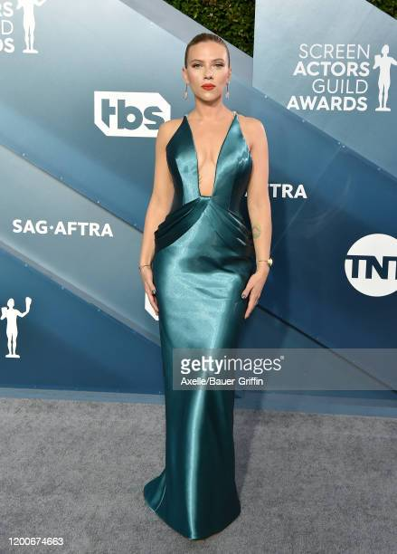 Scarlett Johansson attends the 26th Annual Screen Actors Guild Awards at The Shrine Auditorium on January 19, 2020 in Los Angeles, California.