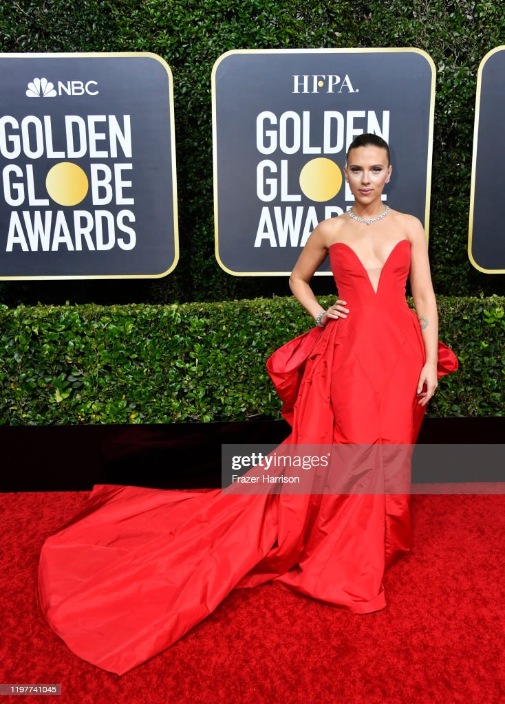 77th Annual Golden Globe Awards - Arrivals : Fotografia de notícias