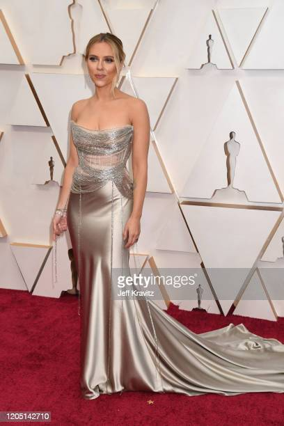 Scarlett Johansson attends the 92nd Annual Academy Awards at Hollywood and Highland on February 09, 2020 in Hollywood, California.