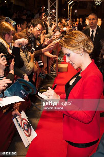 Scarlett Johansson attends the 'Captain America: The Winter Soldier' Paris Premiere at Le Grand Rex on March 17, 2014 in Paris, France.
