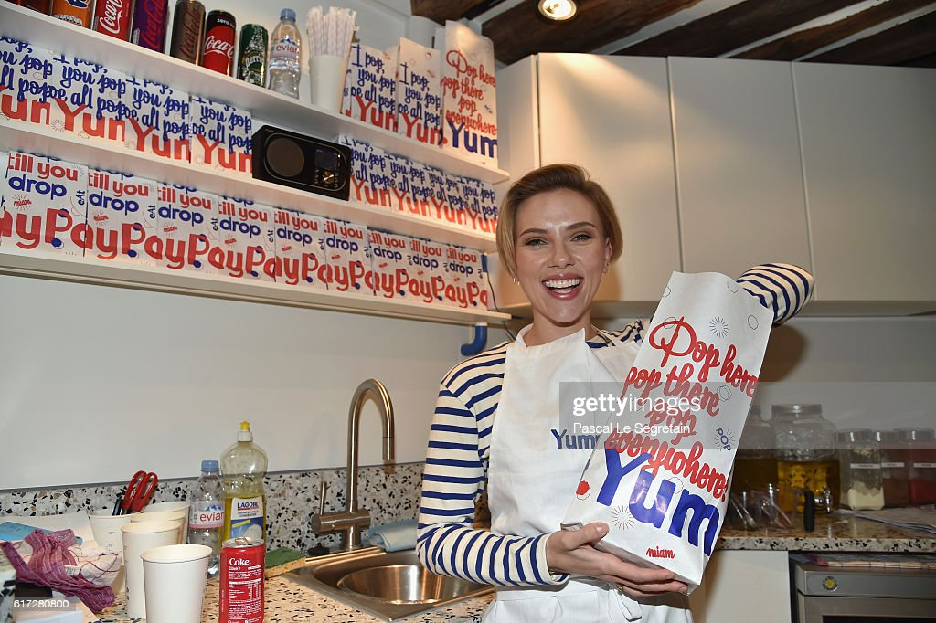 Scarlett Johansson attends the opening of the Yummy Pop shop where Scarlett Johansson opens the new store Yummy Pop in Le Marais, Paris on October 22, 2016 in Paris, France.