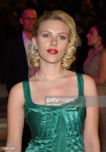 Scarlett Johansson during 2004 Vanity Fair Oscar Party at Mortons in Beverly Hills, California, United States.