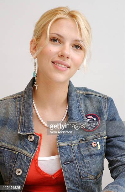 Scarlett Johansson during 'A Love Song for Bobby Long' Press Conference with Scarlett Johansson John Travolta Gabriel Macht and Shainee Gabel at...