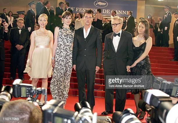 Scarlett Johansson Emily Mortimer Johnathan RhysMeyers Woody Allen and SoonYi Previn