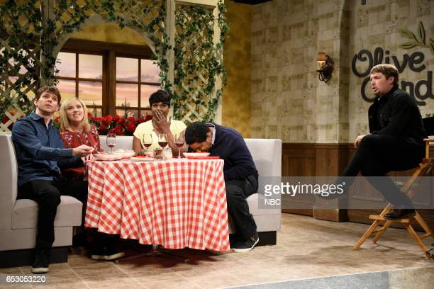 LIVE Scarlett Johansson Episode 1720 Pictured Mikey Day Scarlett Johansson Leslie Jones Kenan Thompson and Beck Bennett during the Olive Garden...