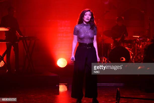 LIVE 'Scarlett Johansson' Episode 1720 Pictured Musical guest Lorde performs on March 11 2017