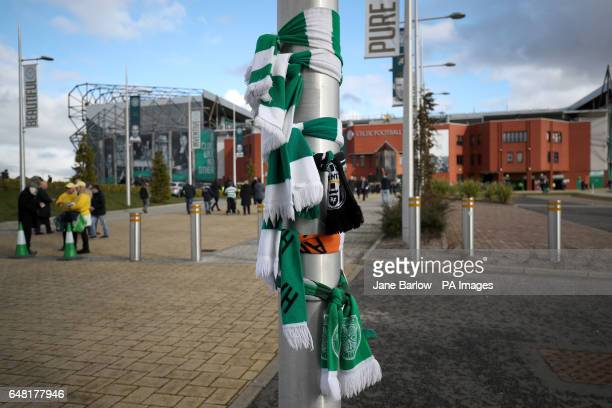 Scarves are laid out in memory of Tommy Gemmell before the Ladbrokes Scottish Premiership match at Celtic Park Glasgow